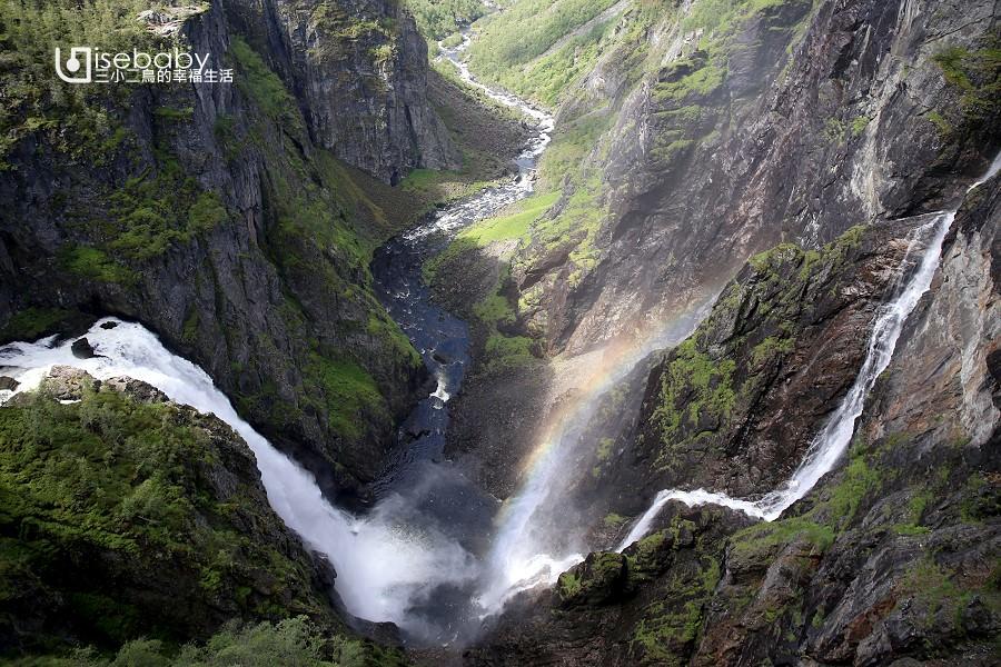 挪威 | 山谷間壯觀的雙瀑布明信片景點。Vøringfossen