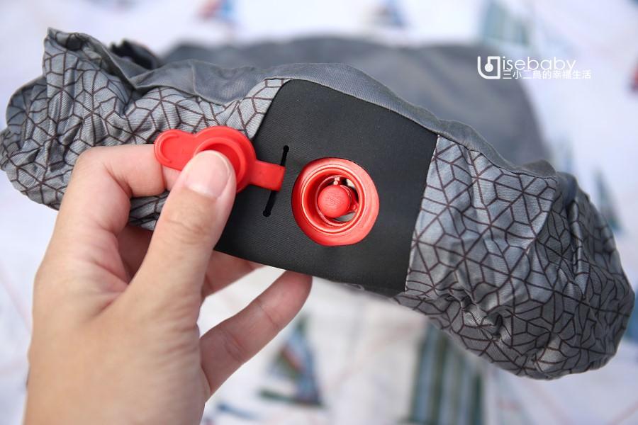 露營裝備    充氣枕頭推薦。迪卡儂舒適款露營充氣枕頭QUECHUA