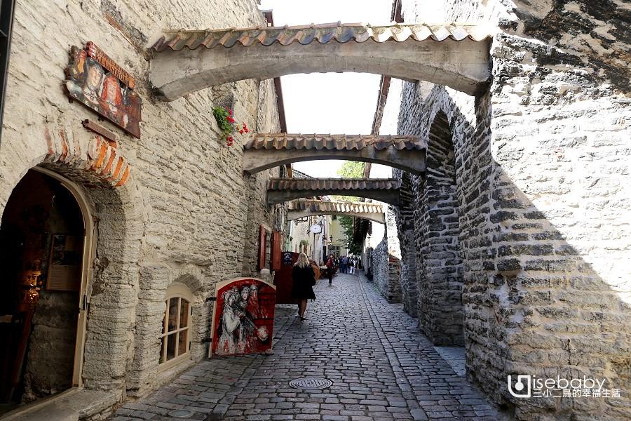 愛沙尼亞   塔林最美特色小巷。聖凱瑟琳通道
