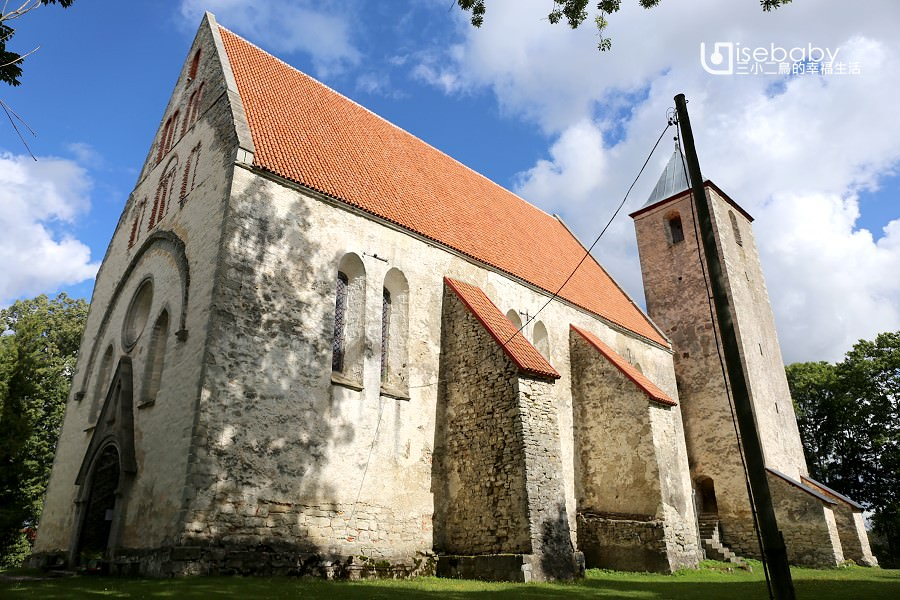 愛沙尼亞最古老的石頭教堂。薩雷馬島聖馬丁教堂