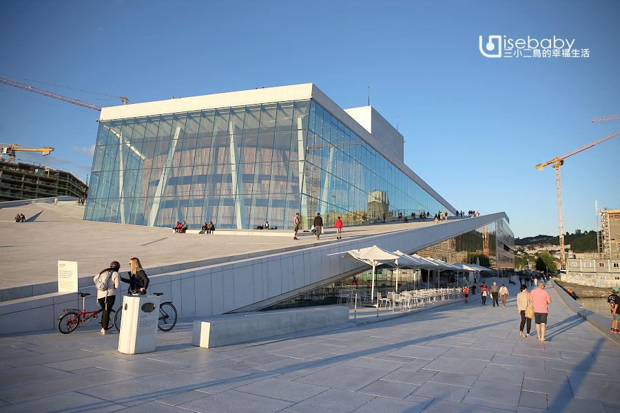 挪威   奧斯陸歌劇院。峽灣城市的冰山特色建築