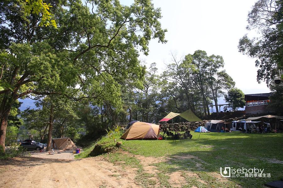 在赫利豐岳露營區遛迷你馬,還有星球帳免搭帳懶人露營!