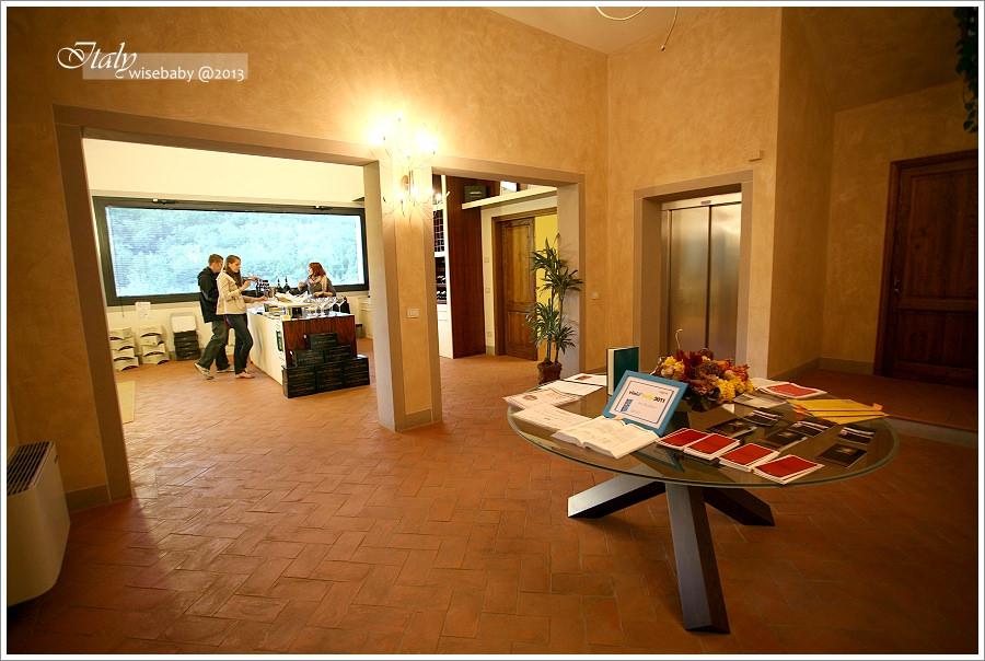 [義大利親子自助] 分享-酒莊導覽Tour與免費品酒Castello di Radda