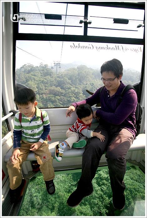 [景點] 台北-搭貓纜水晶車廂玩木柵動物園(5Y5M+2Y2M)