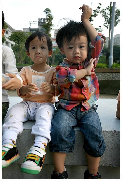 [聚] 小鈞小恩二對雙胞胎終於見面了!!!