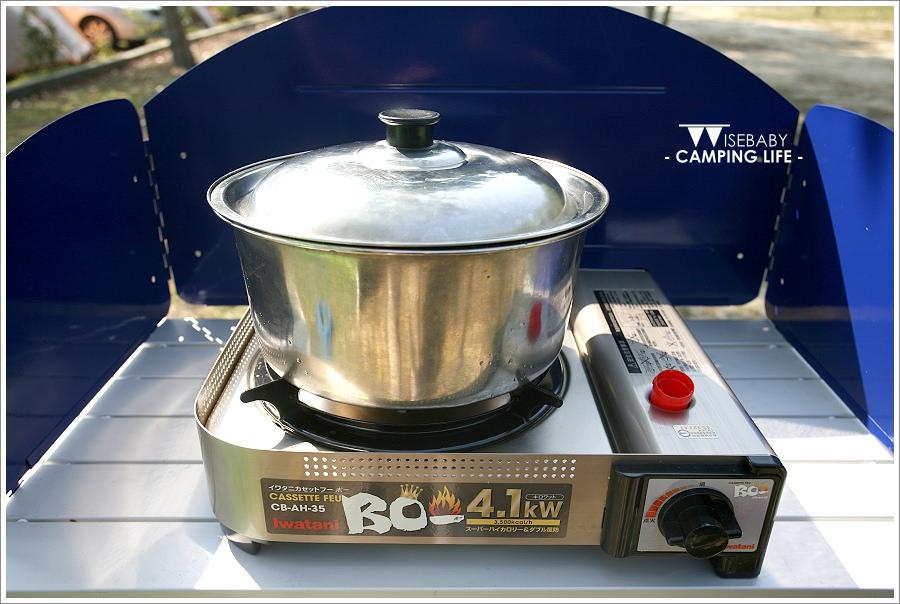 [露營] 開箱-行動廚房比較::速可搭行動廚房白金廚房組