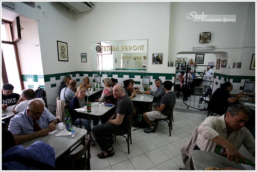 [義大利親子自助] 食記-Napoli::必吃百年PIZZA店L'antica Pizzeria Da Michele