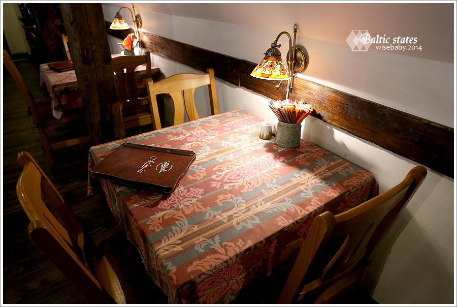 愛沙尼亞 | 美食。豬排必吃推薦.Restoran Edelweiss