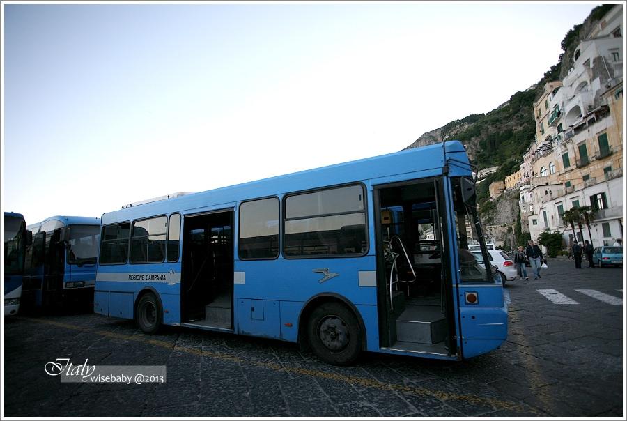 [義大利親子自助] 景點-Amalfi::比蘇花公路還暈的阿瑪菲海岸
