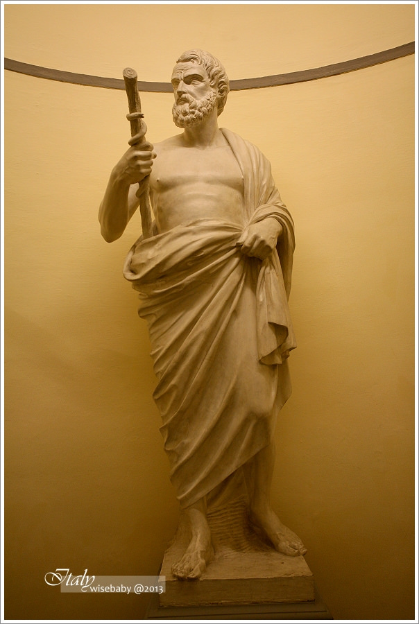 義大利|佛羅倫斯必買。SMN百年修道士藥妝店