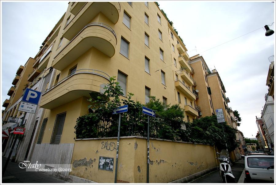 [義大利親子自助] 住宿-Roma::便利乾淨的有機旅館The Beehive Hotel本館