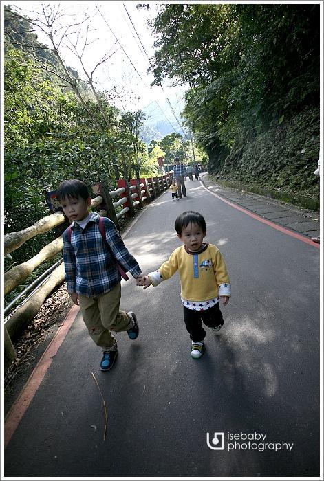 [景點] 台北烏來-冬日暖陽的小旅行(5Y7M+2Y4M)